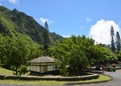 Kepaniwai garden limo tour Stardust Hawaii web